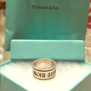 Tiffany & Co numerical band